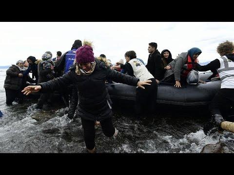 Yunanistan Başbakanı 1 ay boyunca sığınma başvurusu alınmayacağını açıkladı