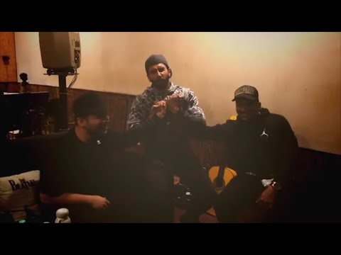 Gully Boy: Ranveer Singh performs 'anmol ratan' for rapper Divine and Naezy Mp3
