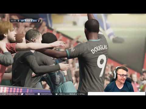 FIFA 18 Pro Clubs   Goalkeeping Small man!