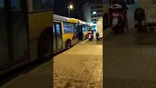 Μύστης ανεβαίνει με το σκουτεράκι του στο λεωφορείο | Luben TV