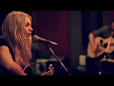 Kari Kimmel- Black (live performance)