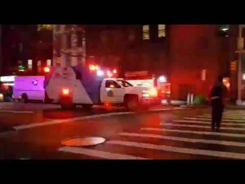 [HiLo] Ambulance Mount Sinai Hospital New York City