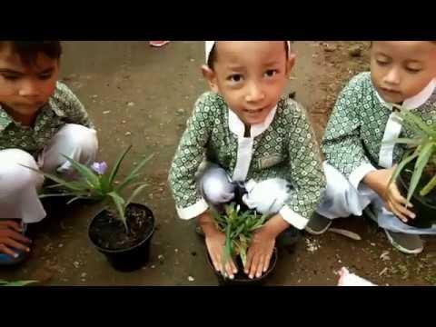 outing-class-tema-tanaman-anak-anak-paud-usia-2,-3,-4-tahun-di-jeng-lisa-florist-#gardening