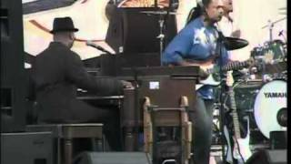 Blues Festival 2010 - Booker T - Song 2 - She Breaks
