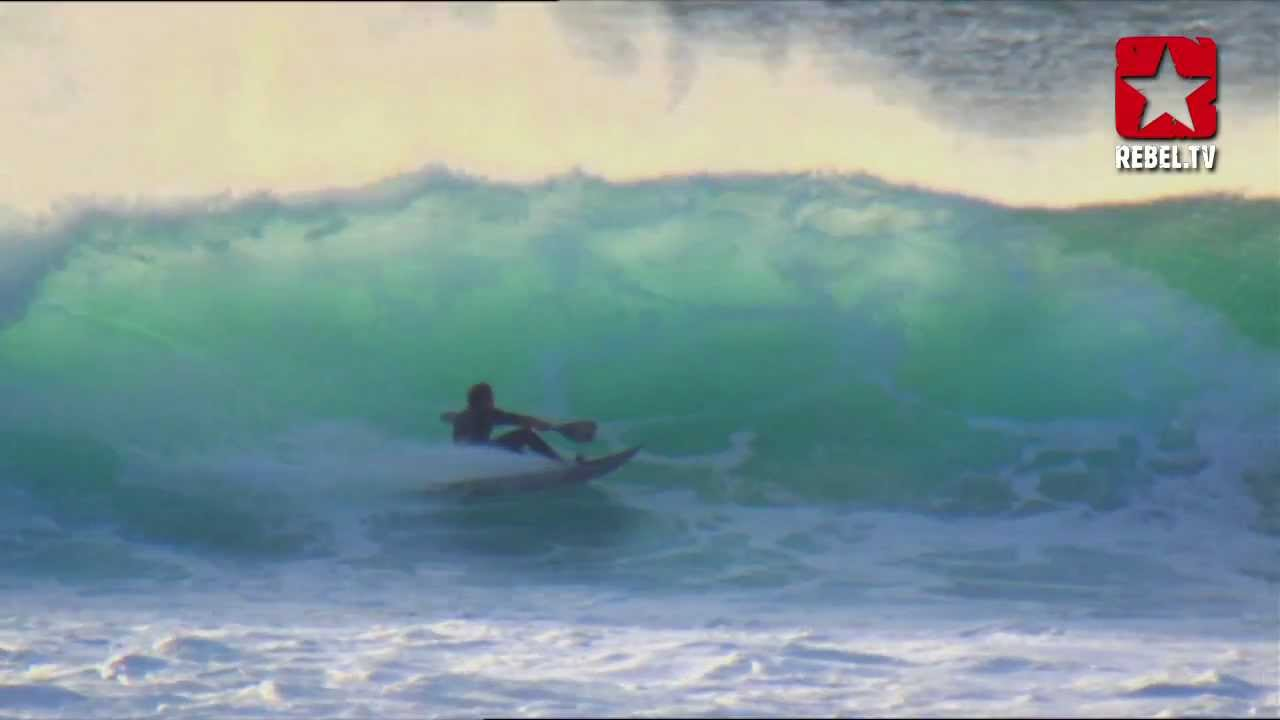 Download Gnaraloo - First Surfing Red Bluff