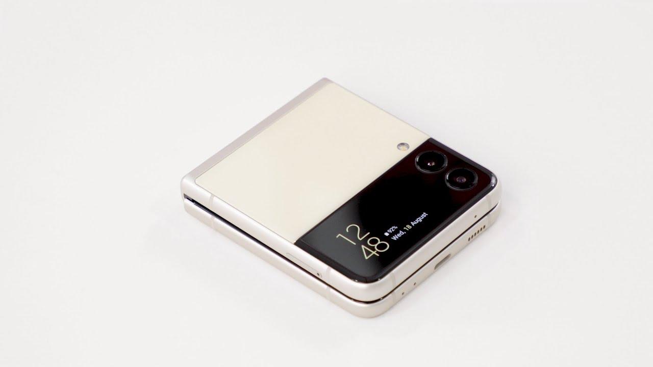 Watching on the new #GalaxyZFlip3 with Daiyan Trisha