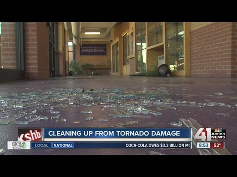 6 reported tornadoes cause damage south of the Kansas City metro area