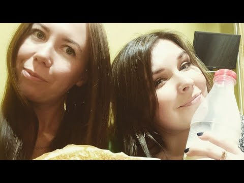 #блины от Юляшек.С масленицей вас🤗🥞Печем блины с подругой. #мукбанг