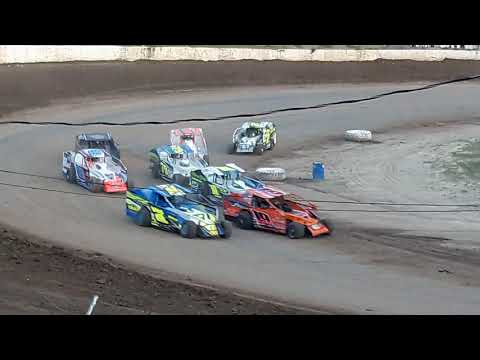 Some clips I took of qualifying racing on a dirt track at Fulton Speedway New York. - dirt track racing video image