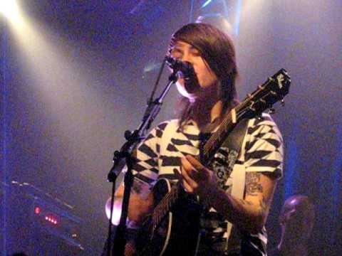 Tegan and Sara - Fix You Up - Brussels