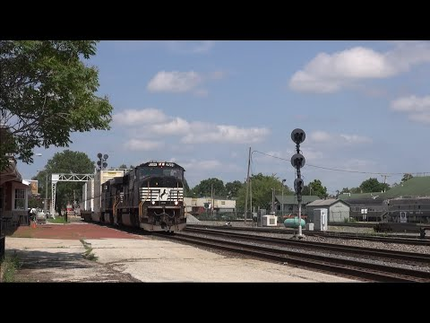 NS' Chicago Line: A Railroad Superhighway [HD]
