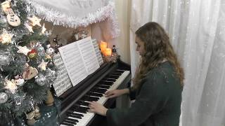 Emma performing Christmas Song