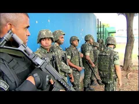 Forças Armadas ocupam as ruas do Rio de Janeiro