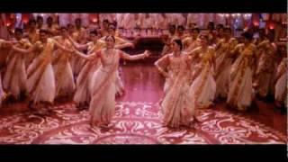 Aishwarya and Madhuri dance