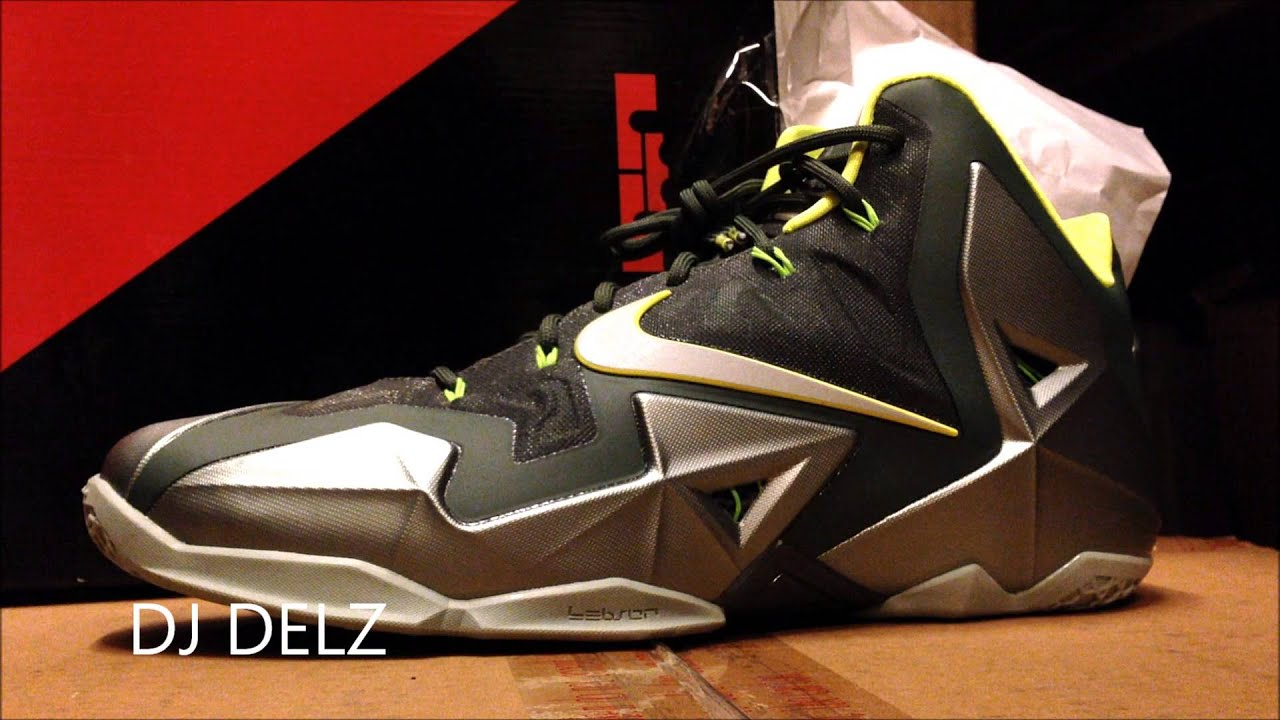 Nike Lebron 11 XI Dunkman Sneaker Review With Dj Delz  DjDelz - YouTube 12ac8af70