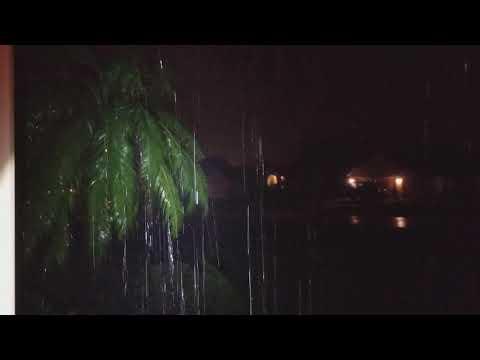 Hurricane Irma getting stronger Here in Deltona Fl.