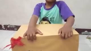 buka kotak hadiah