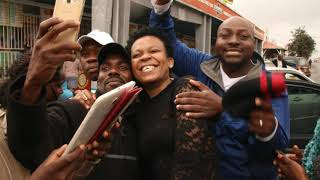 Zodwa wabantu arrives in Zimbabwe and is welcomed in Style