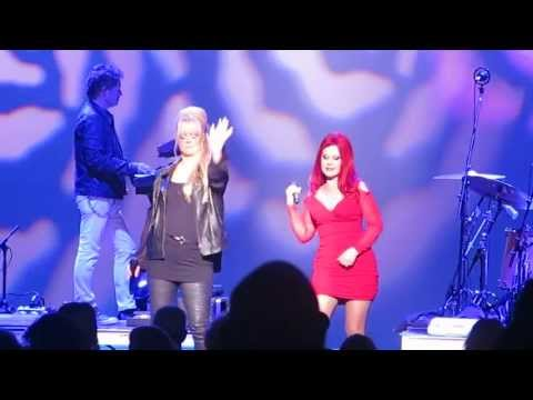 """The B-52's, """"Legal Tender"""" Chicago, IL 6-30-2013"""
