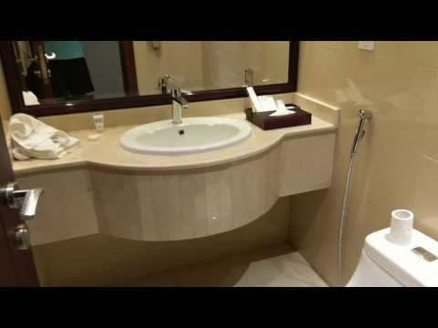 Stratos Hotel in Doha Qatar - airport hotel review