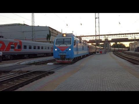 С первым рейсом через Главный! // ЭП1М-653 с поездом №284 Череповец — Анапа.