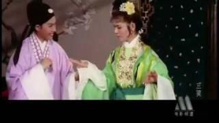 三笑 - 陈思思.向群 Three Charming Smiles(1962年)