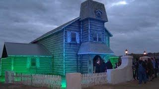 "Community Helps Put On Paul Bunyan Land's ""Hidden Hollows"" Event"