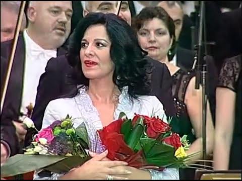 Angela Gheorghiu performs