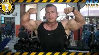 IFBB PRO BODYBUILDER ANGEL RANGEL TRAINS PECS