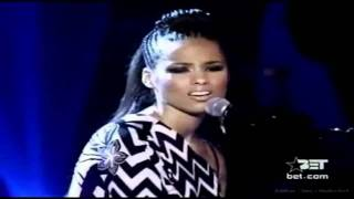 [HD] Alicia Keys - I Never Loved A Man (The Way I Love You) at BET Awards 2003 Vocal Showcase D3-F#5