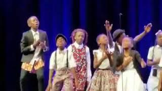 Kids can sing /A visit at watoto church.