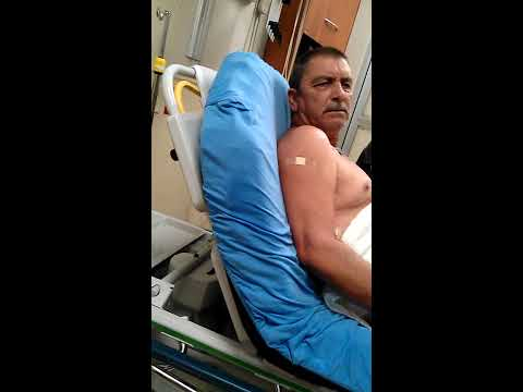 Drunk man falls off roof and ends up in er. Forgets every 60 seconds