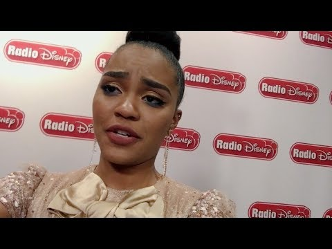 Thomas Doherty Watches China Anne McClain's Bad Pirate Joke | Descendants 2 | Radio Disney
