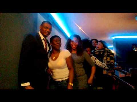 Bebi Philipp live 19 Mars 2016 et passage à Makenene AfroResto