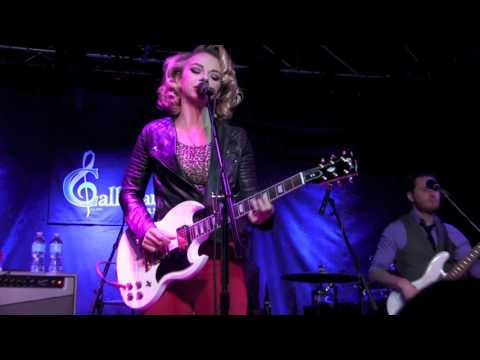 CHILLS & FEVER  SAMANTHA FISH BAND w Horns @ Callahans, May 2017