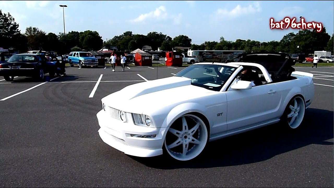 Dropping Top On All White 07 Ford Mustang Gt Vert On 24 S