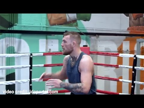 Conor Mcgregor TRAINING FOR MAYWEATHER! WORKING ACCURACY & HAND EYE COORDINATION!