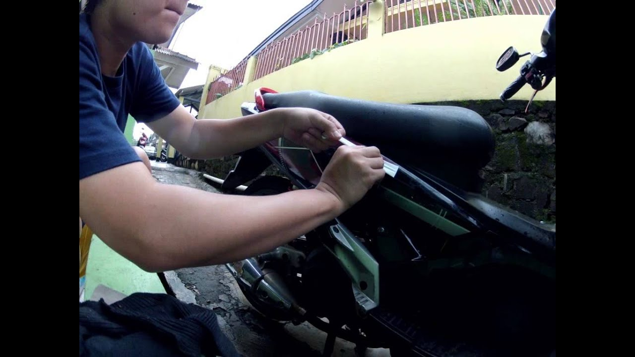 DIY Timelapse Tips How To Install New DecalSticker On BikeCar - Mio decalscyrus grafix decals youtube