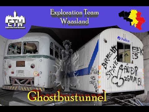 Ghostbustunnel 2018 - Verlaten metrotunnel vol oude bussen