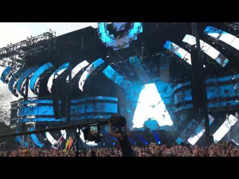 Armin Van Buuren Ultra Music Festival 2017 Opening (My Symphony of You)