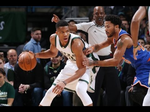 Giannis Antetokounmpo Puts Up 32 Points in Win vs. the Knicks | 03.08.17