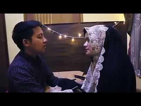 Download Lagu Ar rahman bikin baper pasangan suami istri termerdu!!subhanallah