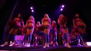 Crystal Palace Cheer Leaders surprise dance HD