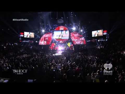 One Direction - Intro + Midnight Memories Live @ The iHeartRadio Music Festival 2014