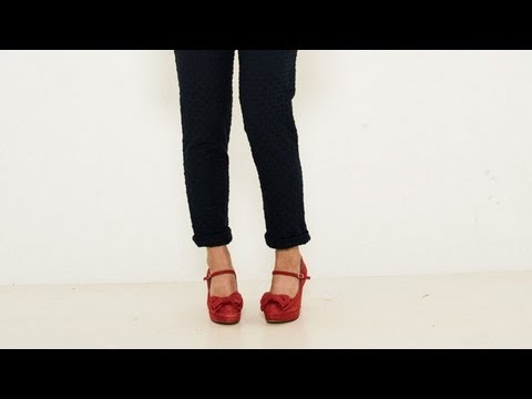 4738eed5d03 How to dress  cropped trousers and mary-jane shoes - YouTube
