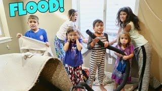 HORRIBLE HOUSE FLOOD   HELPFUL KIDS