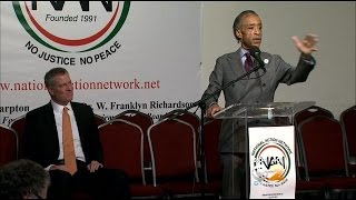 De Blasio Appears With Sharpton, Urges Public To Respect Police