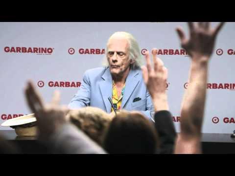 Doc Brown Explica Qué hacía el DeLorean en Argentina [FULL HD] - Volver al Futuro - BTTF