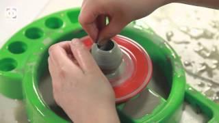 Гончарный круг от 7 лет(Увлекательный процесс изготовления керамических изделий при помощи гончарного круга. Самая настоящая..., 2015-08-26T13:39:43.000Z)