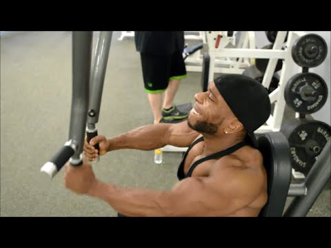 Pec Fly Machine (Do You Need It? & How To Do It?)